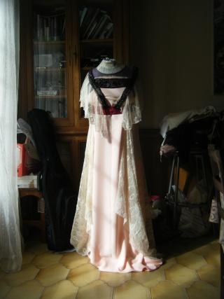[Inspi] Robe transitionnelle 1909 (tenue complète) - Page 2 Dscf4418