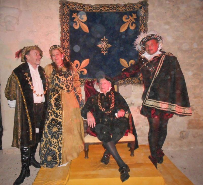 Bal Renaissance au Château de Montmirail, les photos - Page 2 Img_6211