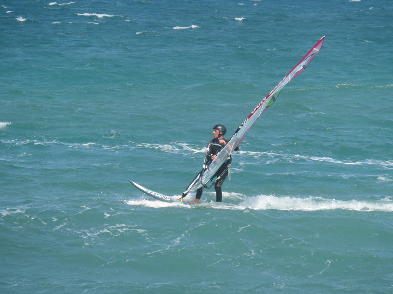 Quelques photos de session s windsurf dans le sud Img_1610