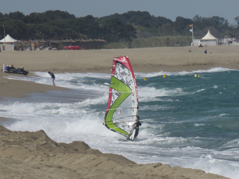Quelques photos de session s windsurf dans le sud Img_1712
