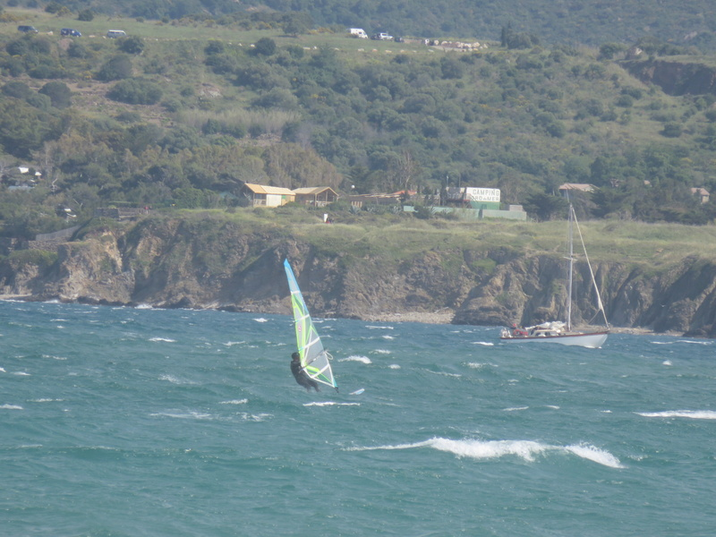 Quelques photos de session s windsurf dans le sud Img_1713