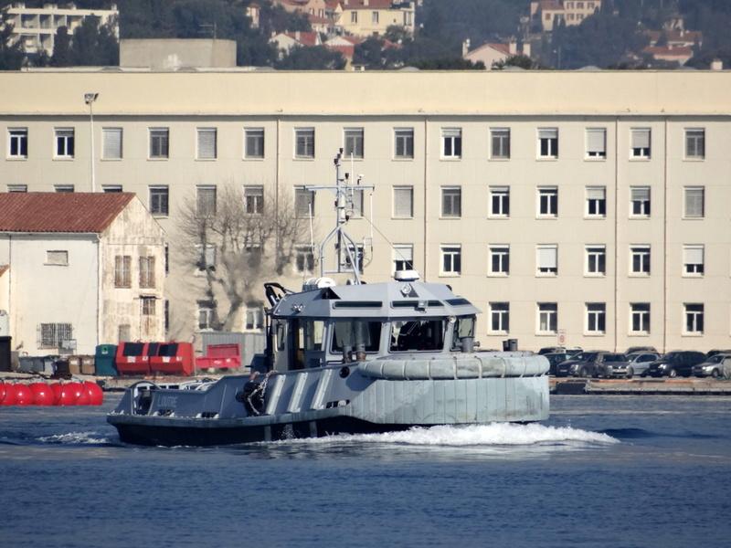 [LES PORTS MILITAIRES DE MÉTROPOLE] Mouvements de Bâtiments dans la rade de Toulon - Page 13 310