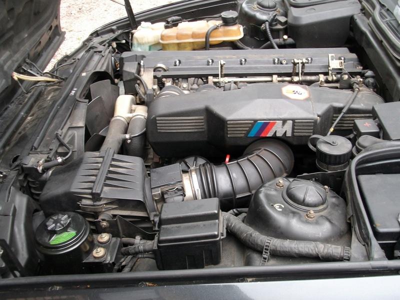 M5 E34 3.6L Macaoblau 1991 Imgp3710