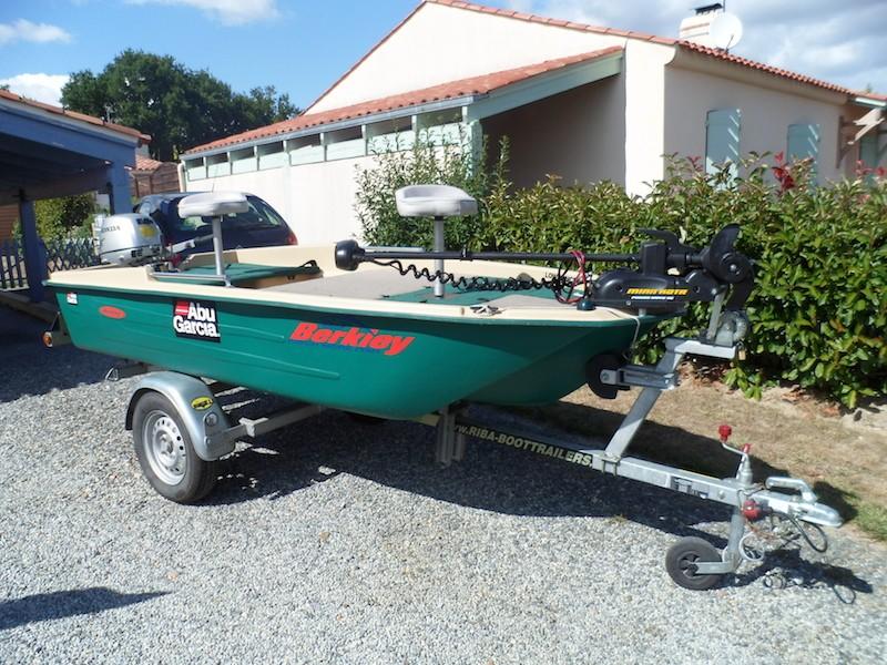 VENDU !!!   Boat Sun Dolphin PRO 120 Dolphi12