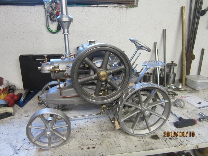 """tracteur lanz : fabrication d'une """"miniature""""  001_1510"""