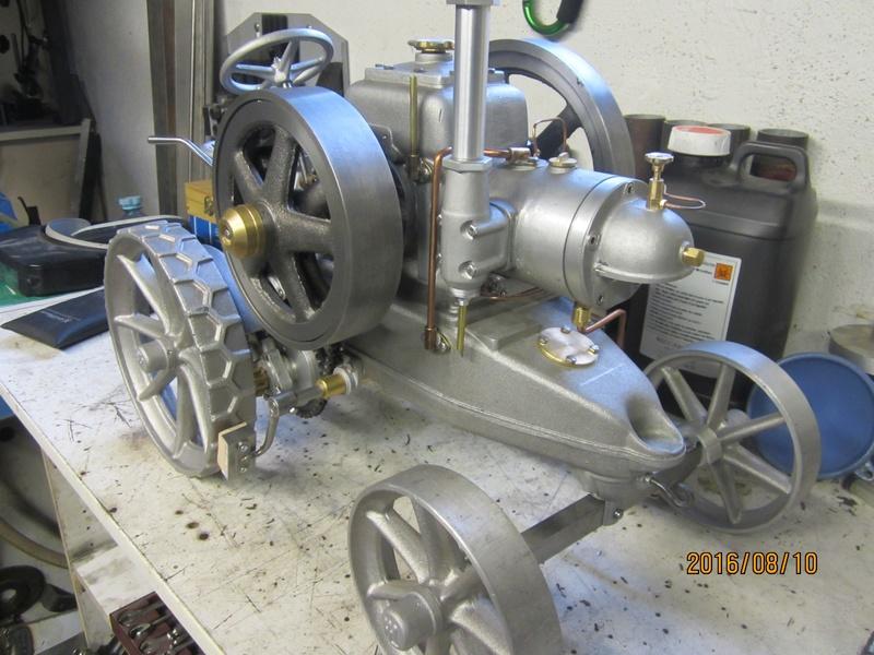 """tracteur lanz : fabrication d'une """"miniature""""  003_1710"""