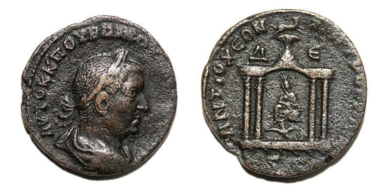 Bronze AE28 de Trebonien Galle Trebon10