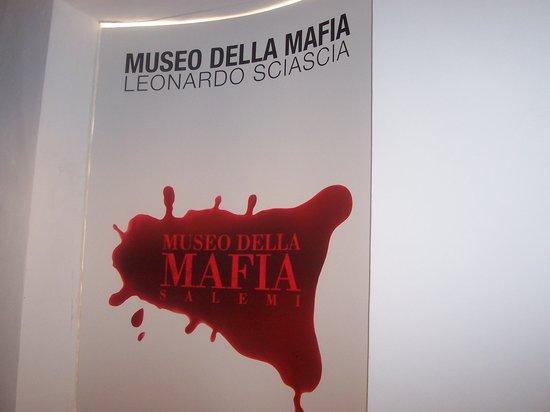 Musée Salémi Sicile Mafia10