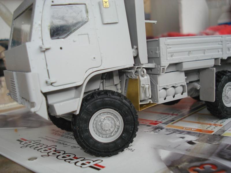camion usa M1083 MTV [Trumpeter, 1/35] cabine blindée  Dsc08219