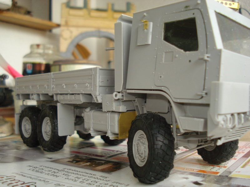 camion usa M1083 MTV [Trumpeter, 1/35] cabine blindée  Dsc08220