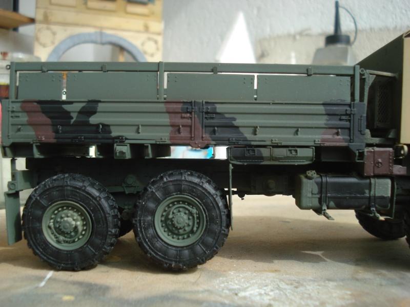 camion usa M1083 MTV [Trumpeter, 1/35] cabine blindée  Dsc08313