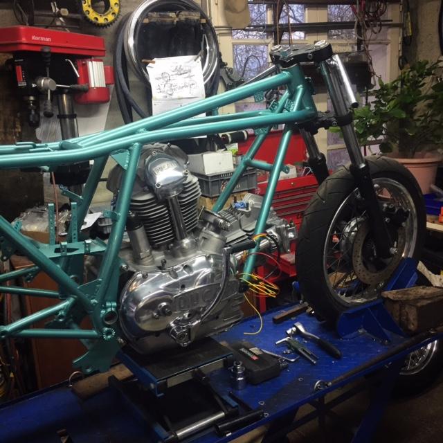 Ducat' 750 et 860 Coniques - Page 4 Img_2512