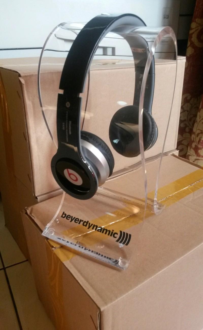 Hifi Accessories: Passive Preamp, Tecnik Karaoke Amp, Beyerdynamic Headphone Stand, Sony Metal Cassette, 3D Glasses, (Updated) Beyer110