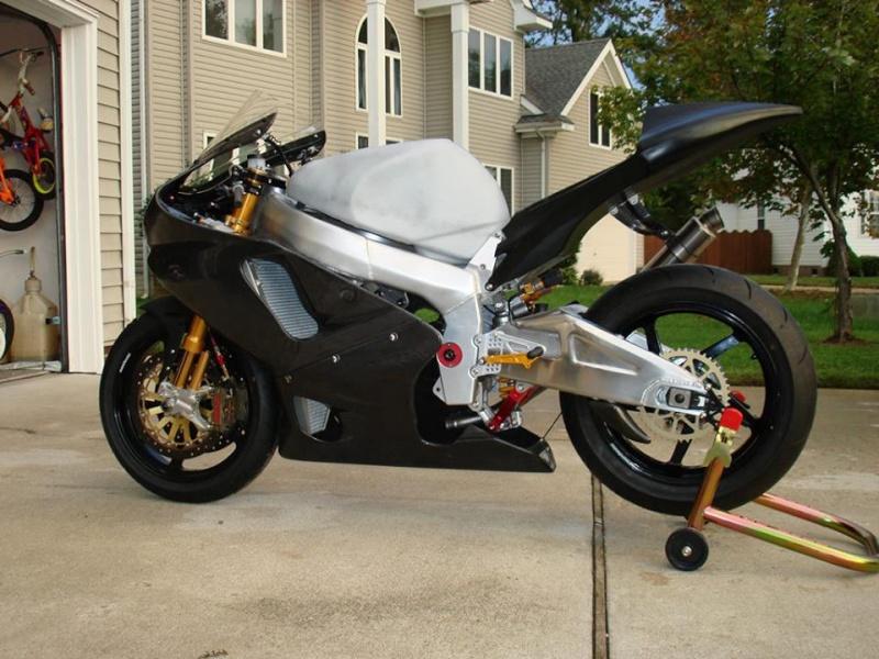 Yamaha 1000 R1 ... - Page 8 11849410