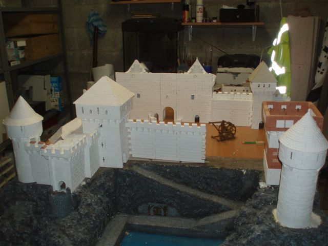 Naissance d'une ville médiévale P1010411