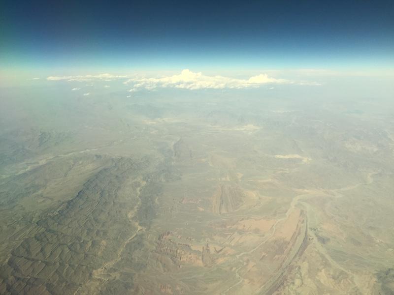la tête (et le reste) au dessus des nuages Img_3315