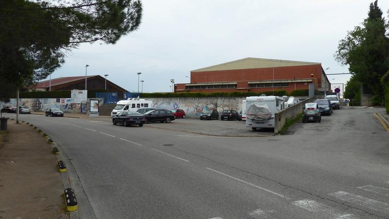 Castelnaudary - Aire de stationnement et services (Camping-Car Park) P1000714