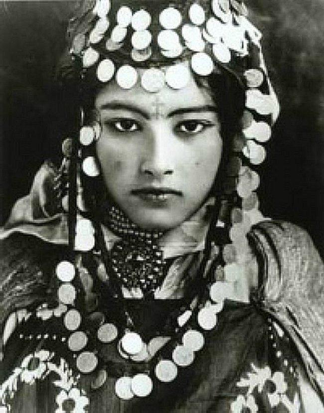Amazigh - L'Amazigh  le peuple batisseur  et inventeur , guerrier et fier Mimoun71