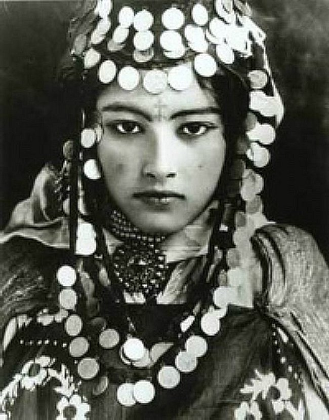 berbere - Tresors Amazigh, bijoux costumes mode Berbère - Page 2 Mimoun71