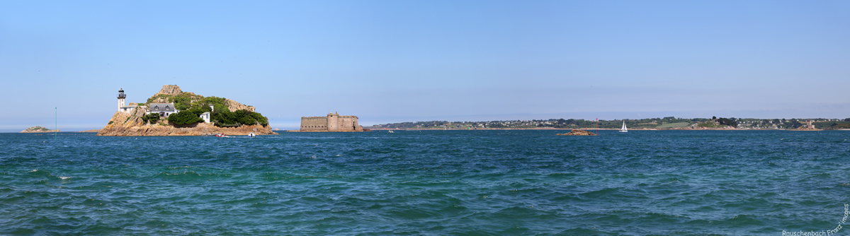 Phares de l'Île Louët et de l'Île Noire Panora10
