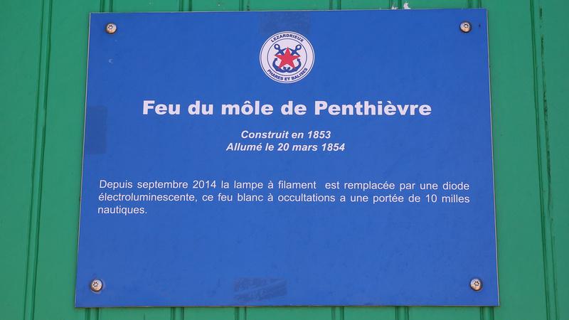 Phare ou feu de Binic ou de Penthièvre Phare_15
