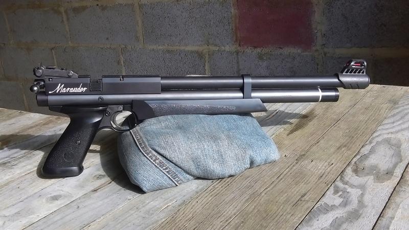 Marauder pistol préparé silhouette métallique  A110