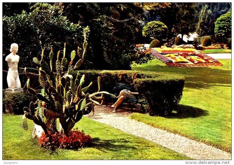 Ils faisaient l'amour en plein jour... dans un jardin public 532_0011