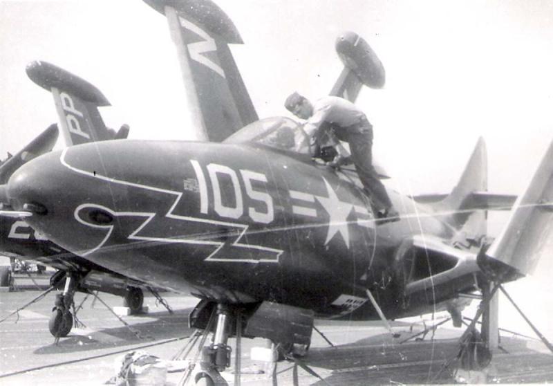 VF-124           14021910