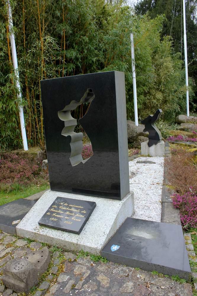 Mémorial de L'Hôpital-Camfrout 210