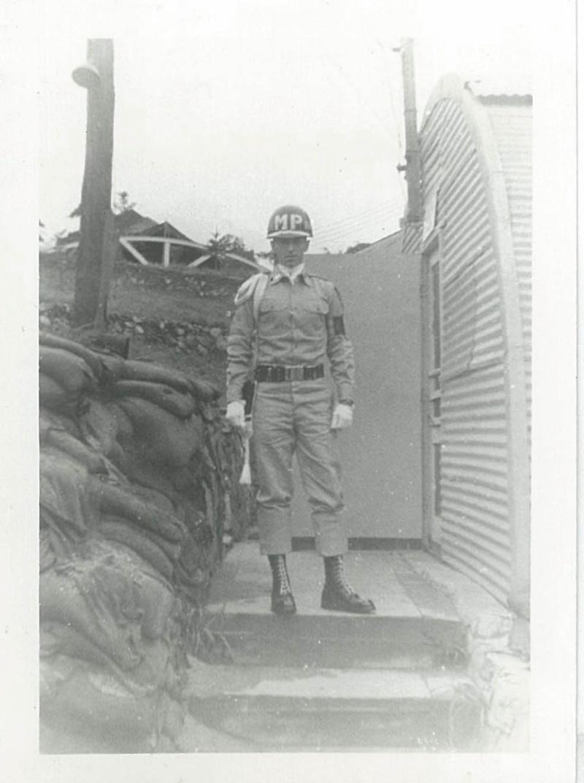 UN MP de la 1st Cav. en 1962 34919914