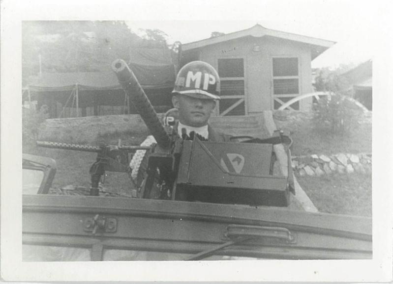 UN MP de la 1st Cav. en 1962 34920011