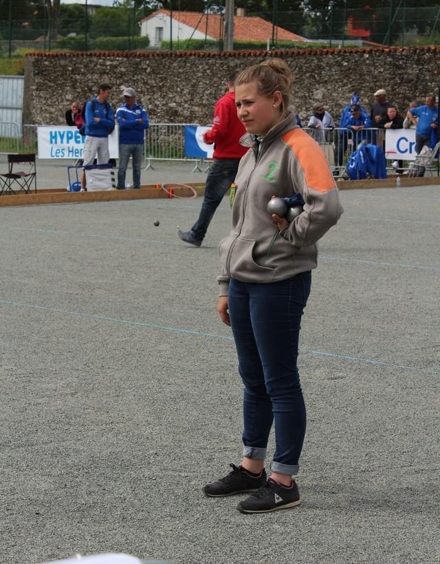Championnat de Ligue Tàt et Doublette aux Herbiers le 20 et 21 Mai Img_1217