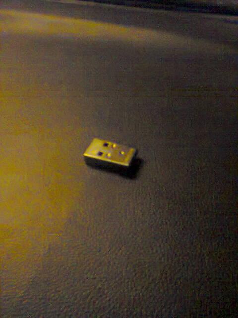 Accorciare una pennina USB!!!! Foto0062