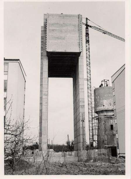 anciennes grues - Page 3 Survil15