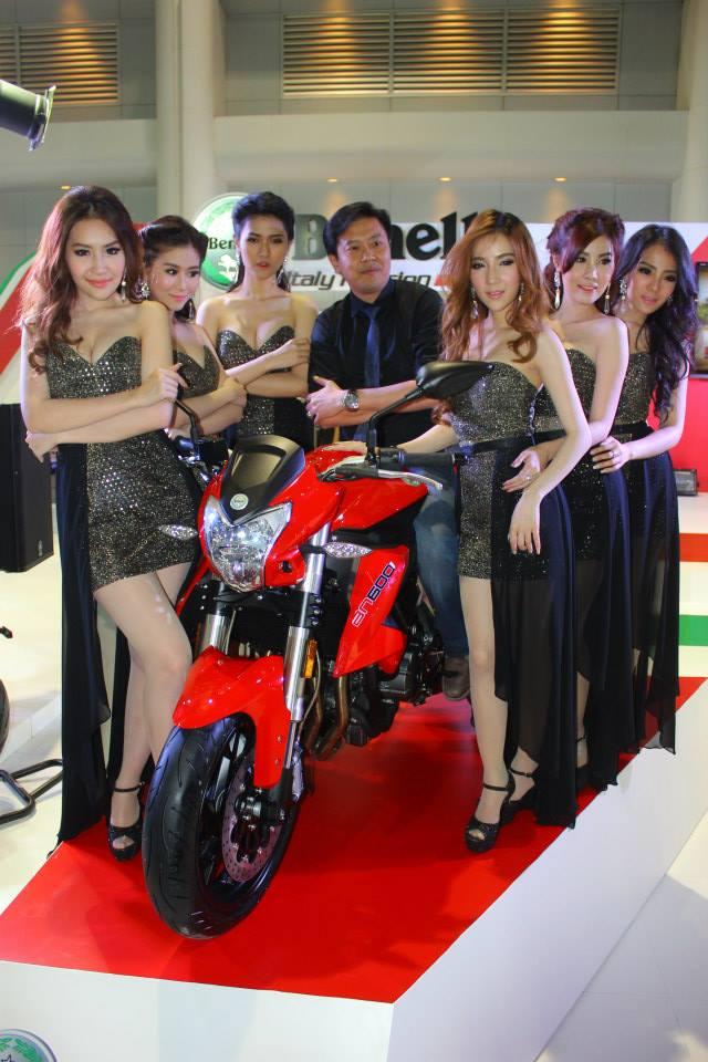 Salon de la moto 2013 14551910