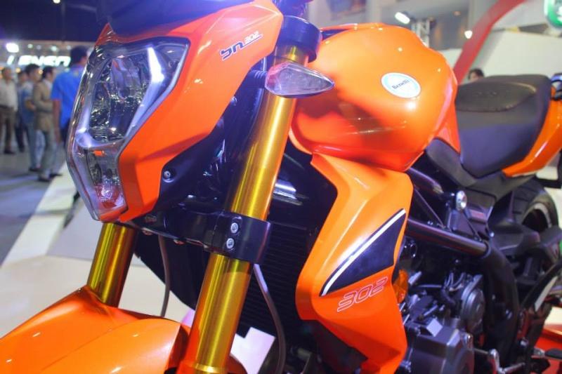 Salon de la moto 2013 14597610