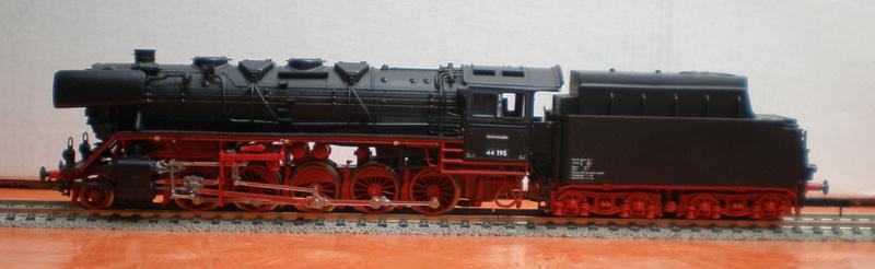 DR Lok 44 195 mit Versuchs-Ölfeuerung 44_19513