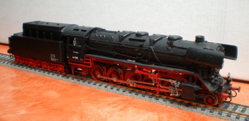 DR Lok 44 195 mit Versuchs-Ölfeuerung 44_19514