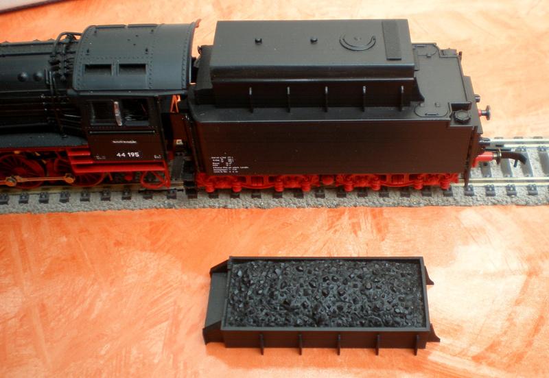 DR Lok 44 195 mit Versuchs-Ölfeuerung 44_19520