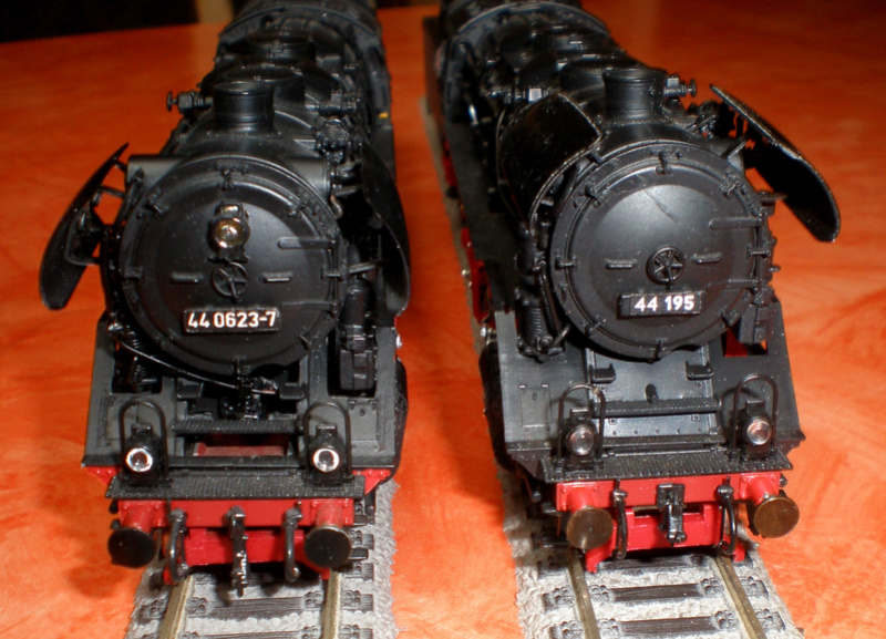 DR Lok 44 195 mit Versuchs-Ölfeuerung 44_19524