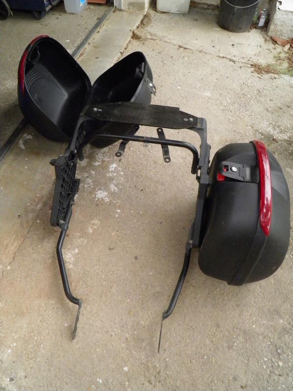 -30- Accessoires à la vente P5050010