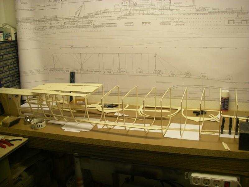 Flugzeugträger Graf Zeppelin 1:100 - Seite 5 Imgp3216