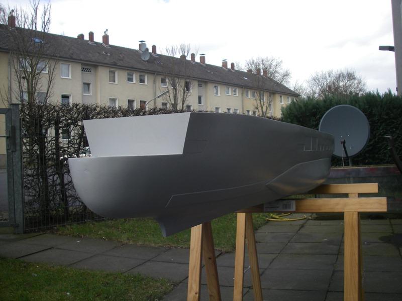 Flugzeugträger Graf Zeppelin 1:100 Imgp3414