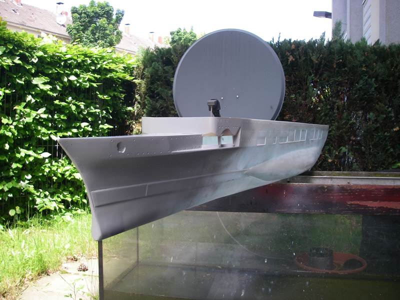 Flugzeugträger Graf Zeppelin 1:100 Imgp3623