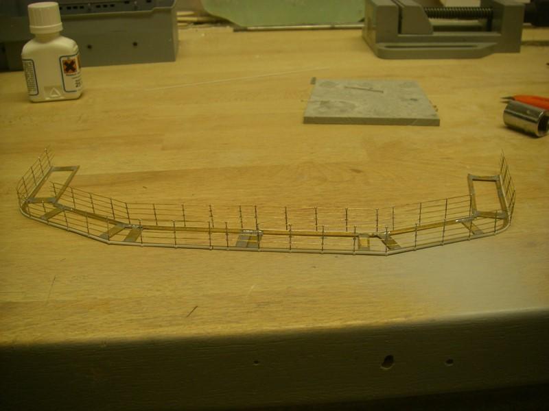Flugzeugträger Graf Zeppelin 1:100 Imgp4023