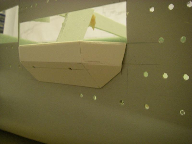 Flugzeugträger Graf Zeppelin 1:100 Imgp4034