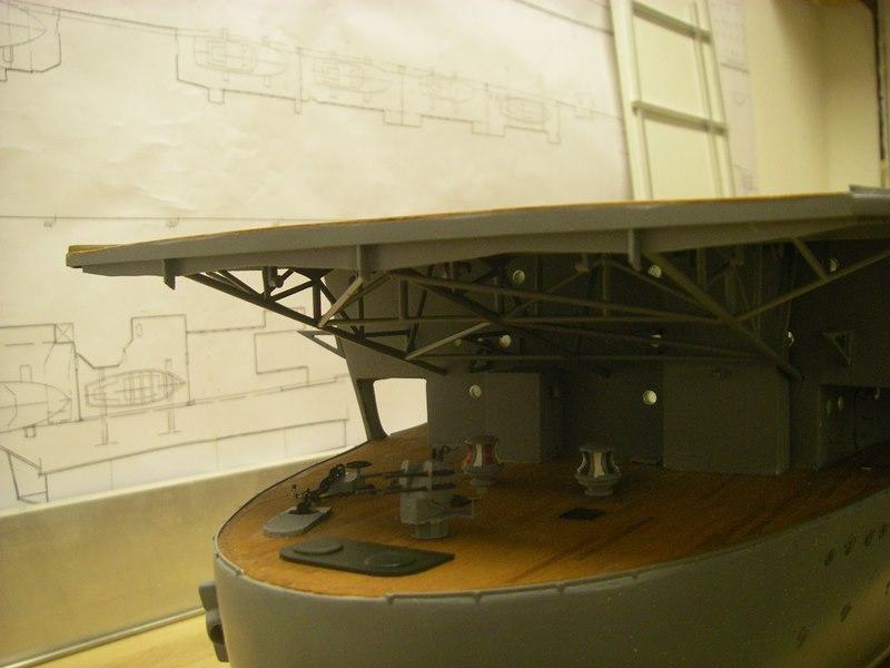 Flugzeugträger Graf Zeppelin 1:100 - Seite 4 Imgp4102