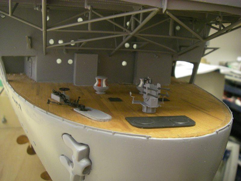 Flugzeugträger Graf Zeppelin 1:100 - Seite 4 Imgp4103