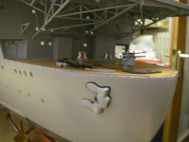 Flugzeugträger Graf Zeppelin 1:100 - Seite 4 Imgp4104