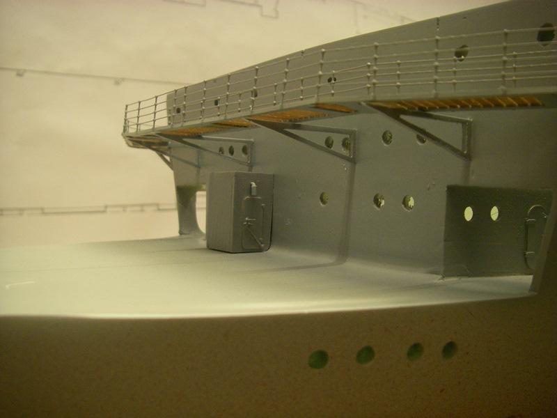 Flugzeugträger Graf Zeppelin 1:100 - Seite 2 Imgp4115